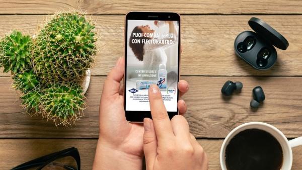 La campagna Instagram dell'azienda farmaceutica IBSA dedicata a FlectorArtro