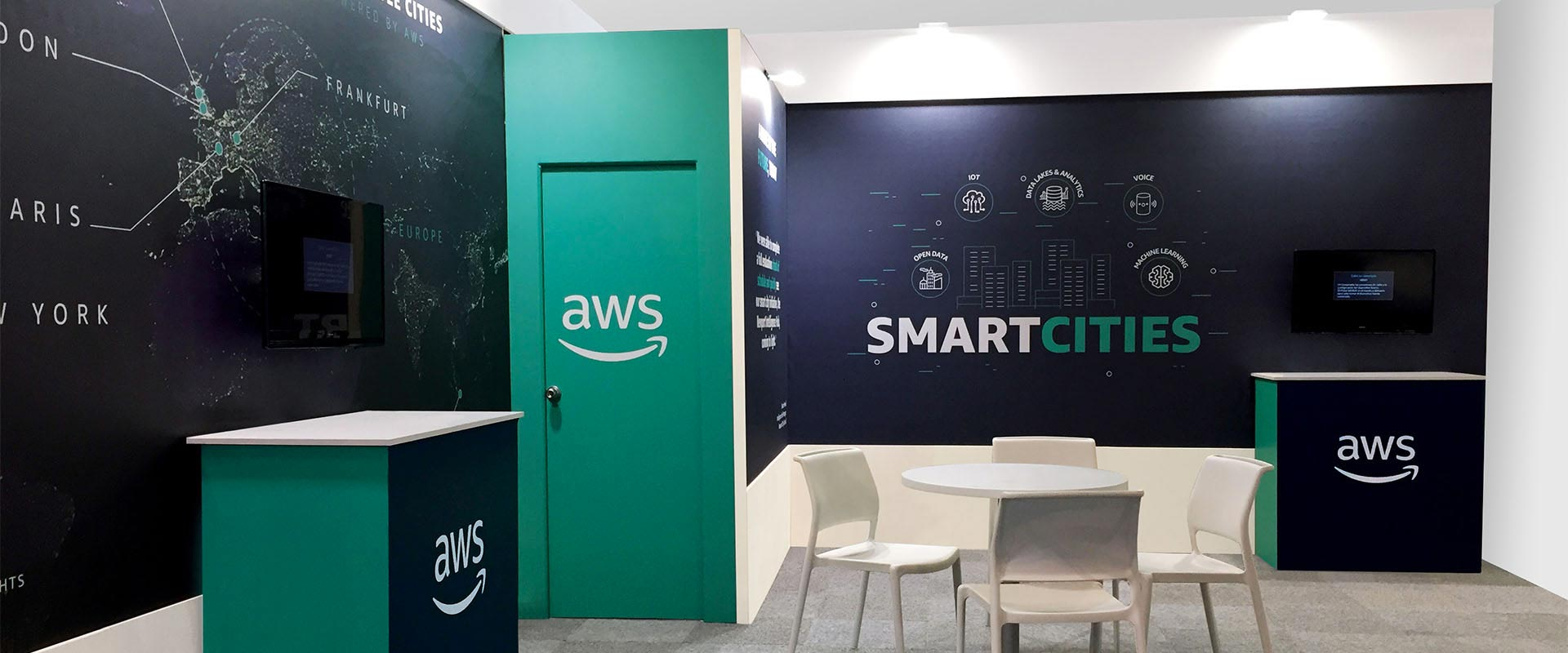 ATC cura la creatività e lo stand Amazon Web Services Forum PA SMART CITY